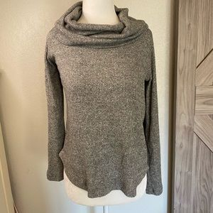 Maeve from Anthropologie gray turtleneck top xs